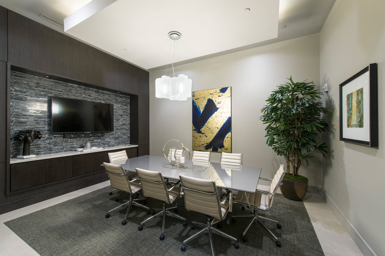 Conference Room at 1000 Grand by Windsor, 90015, CA