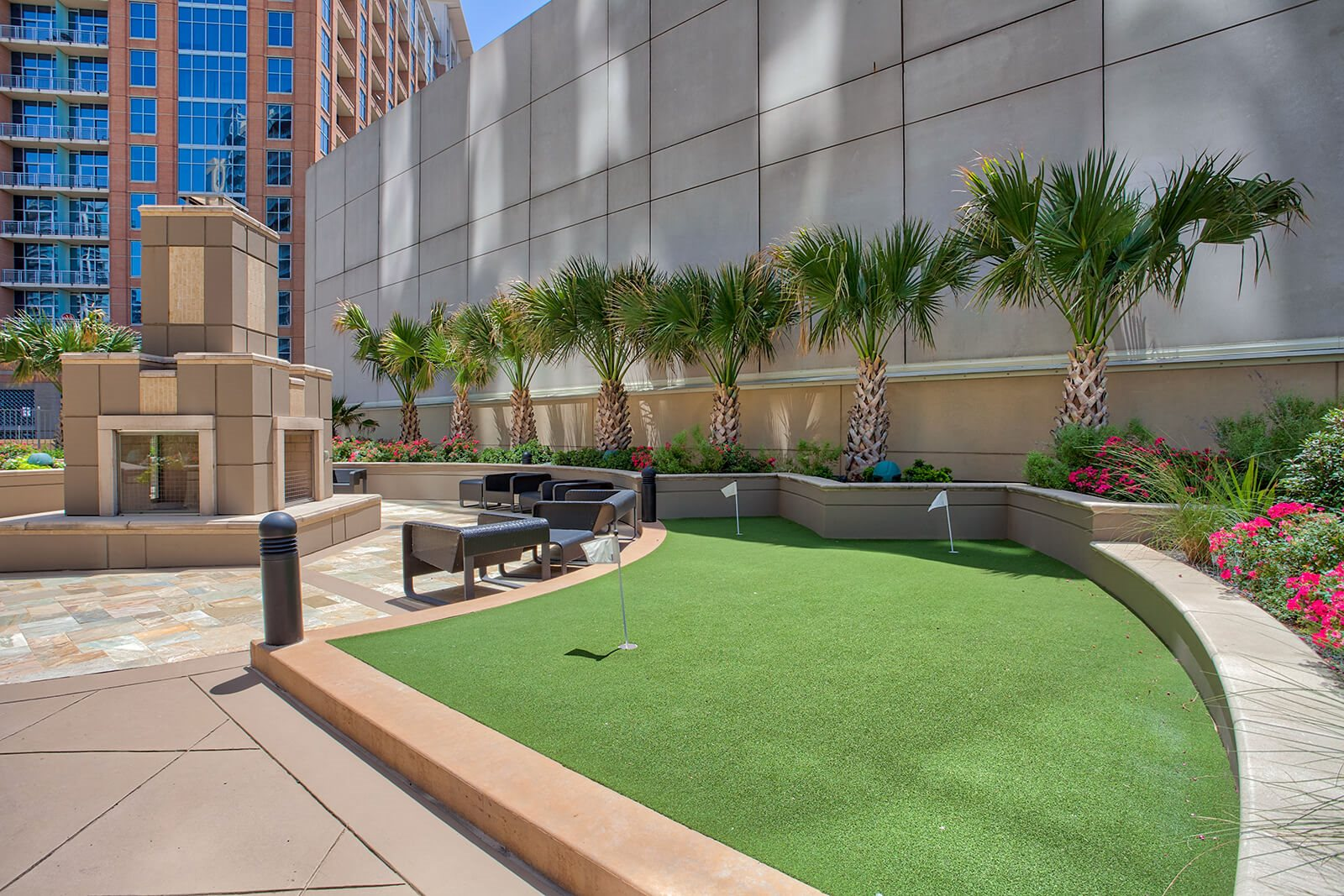 Putting Green at Glass House by Windsor, Dallas, 75201