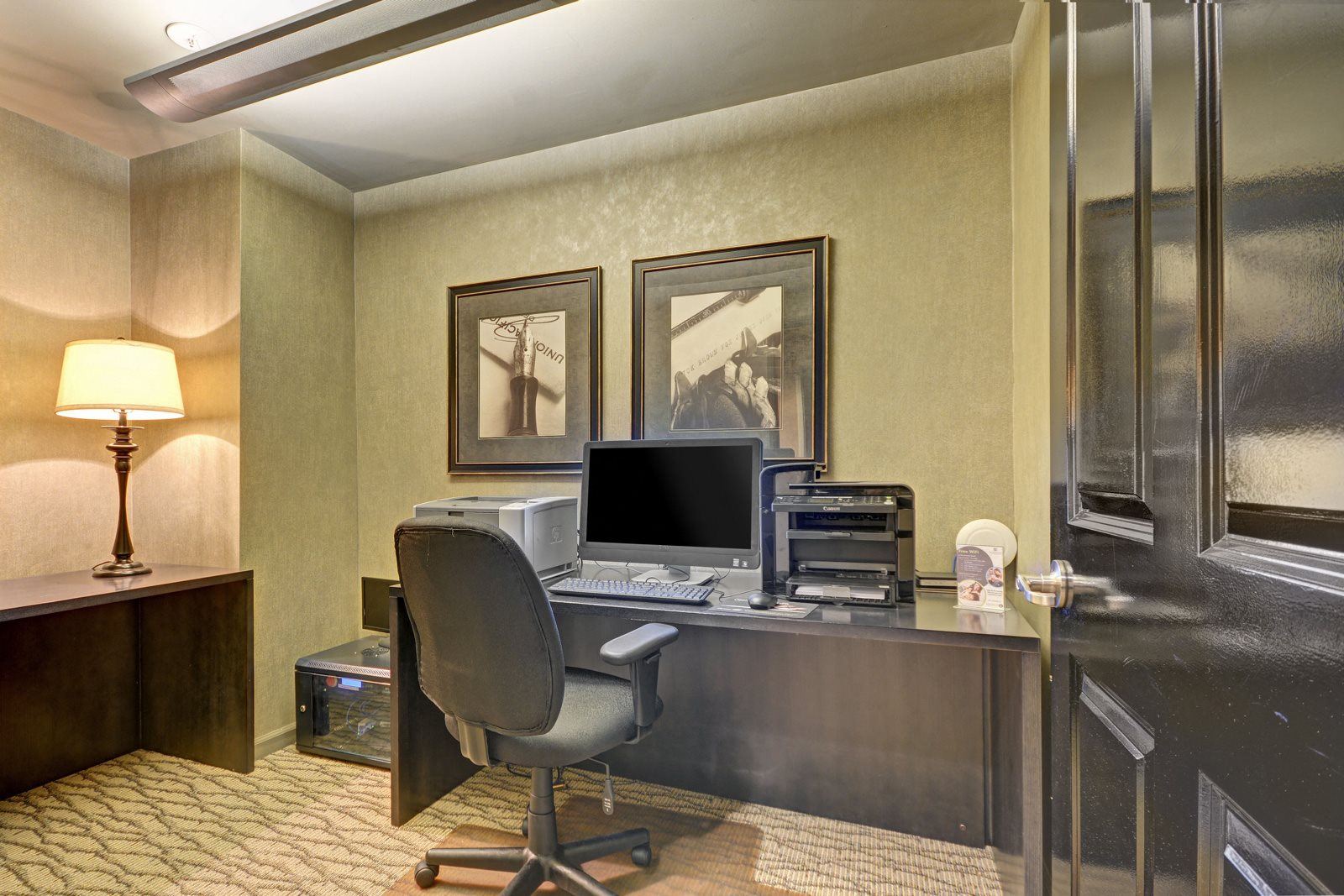 Business Center With Modern Amenities at Villa Montanaro,203 Coggins Drive Pleasant Hill