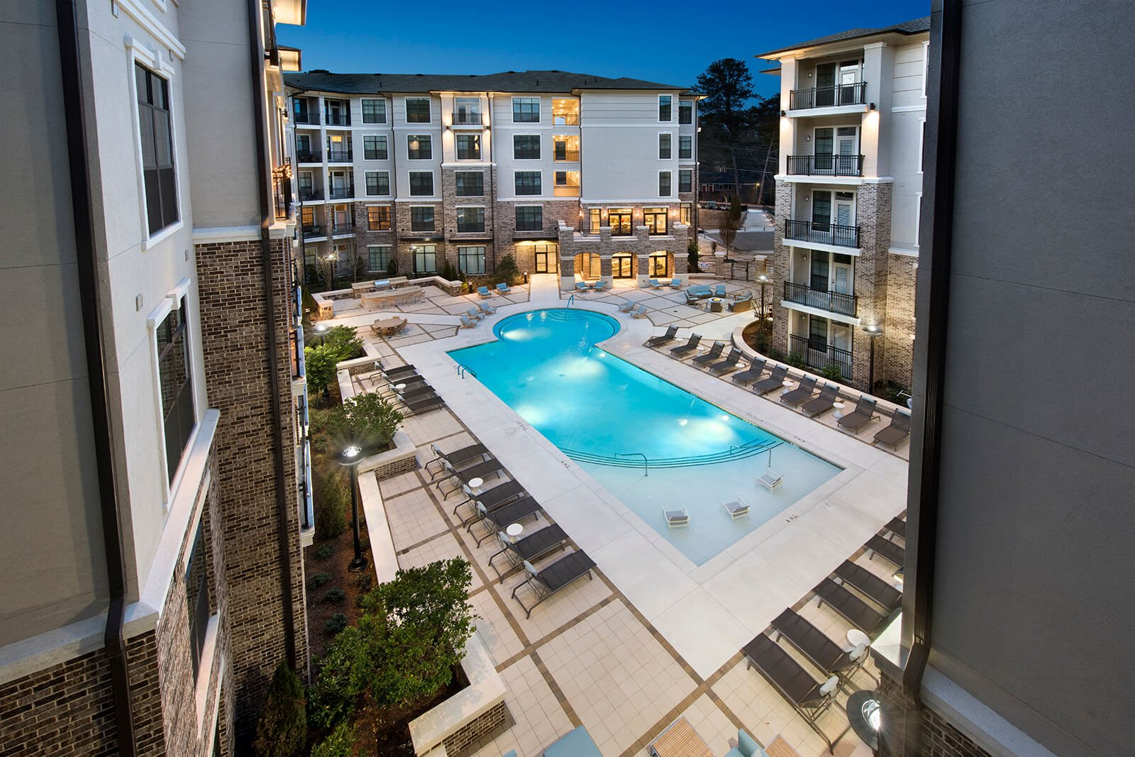 Aerial View of Courtyard at Windsor Chastain, 30342, GA