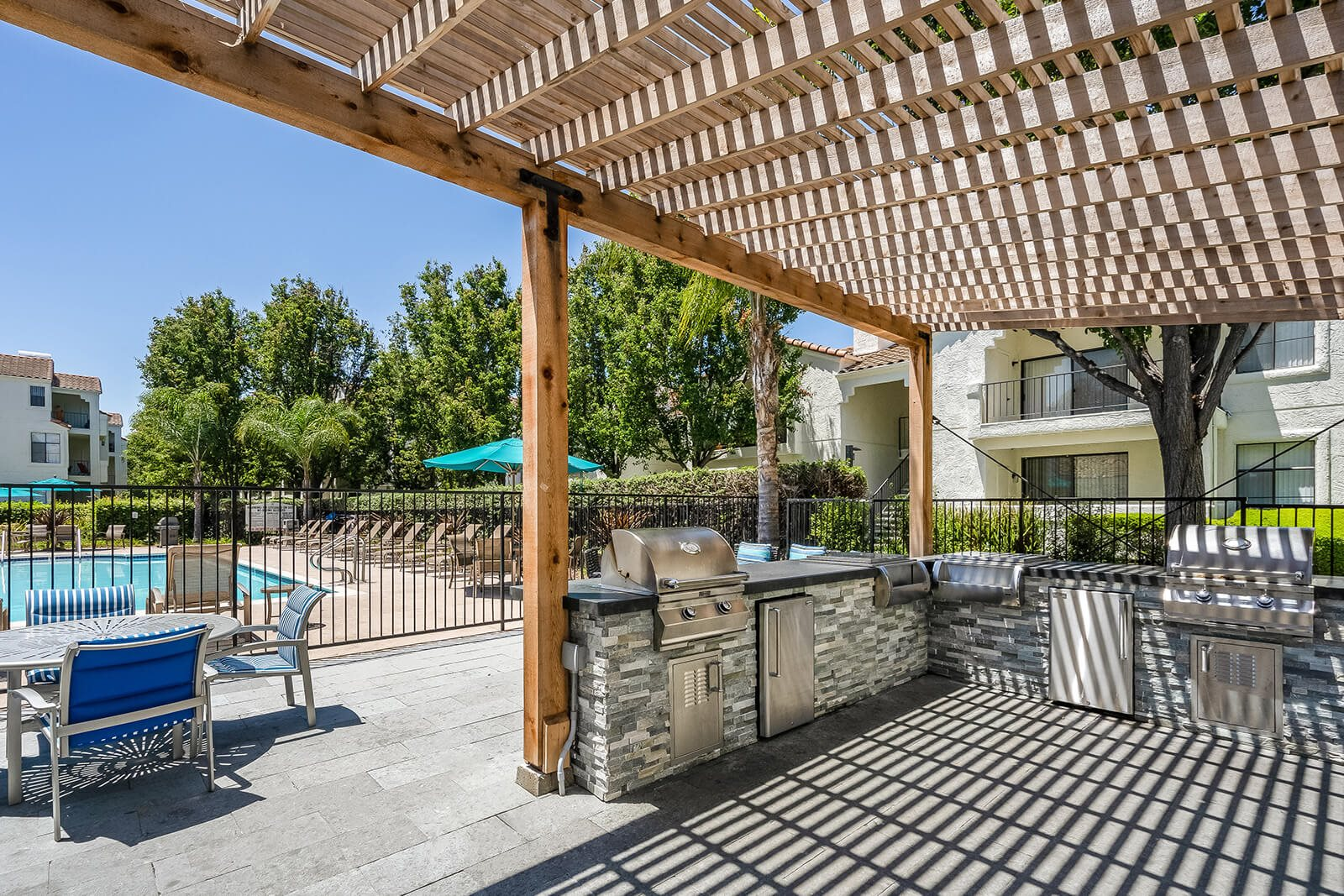 Outdoor Gathering Space with BBQ Grills at Mission Pointe by Windsor, Sunnyvale, California