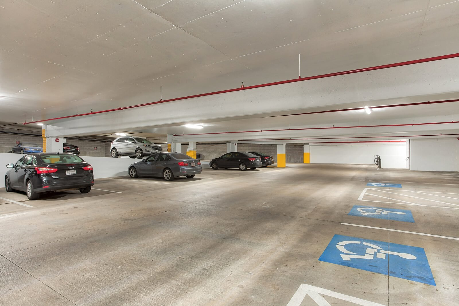 Garage Parking Available at Windsor West Lemmon, 3650 Cedarplaza Lane, TX