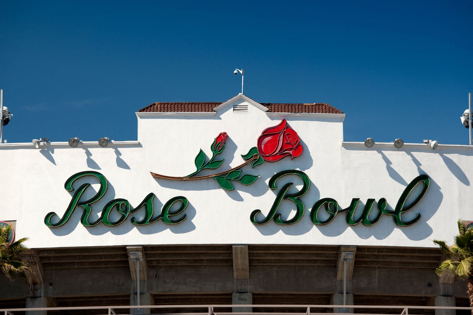 Located just a few miles from Rose Bowl Arena at Terraces at Paseo Colorado, Pasadena, 91101