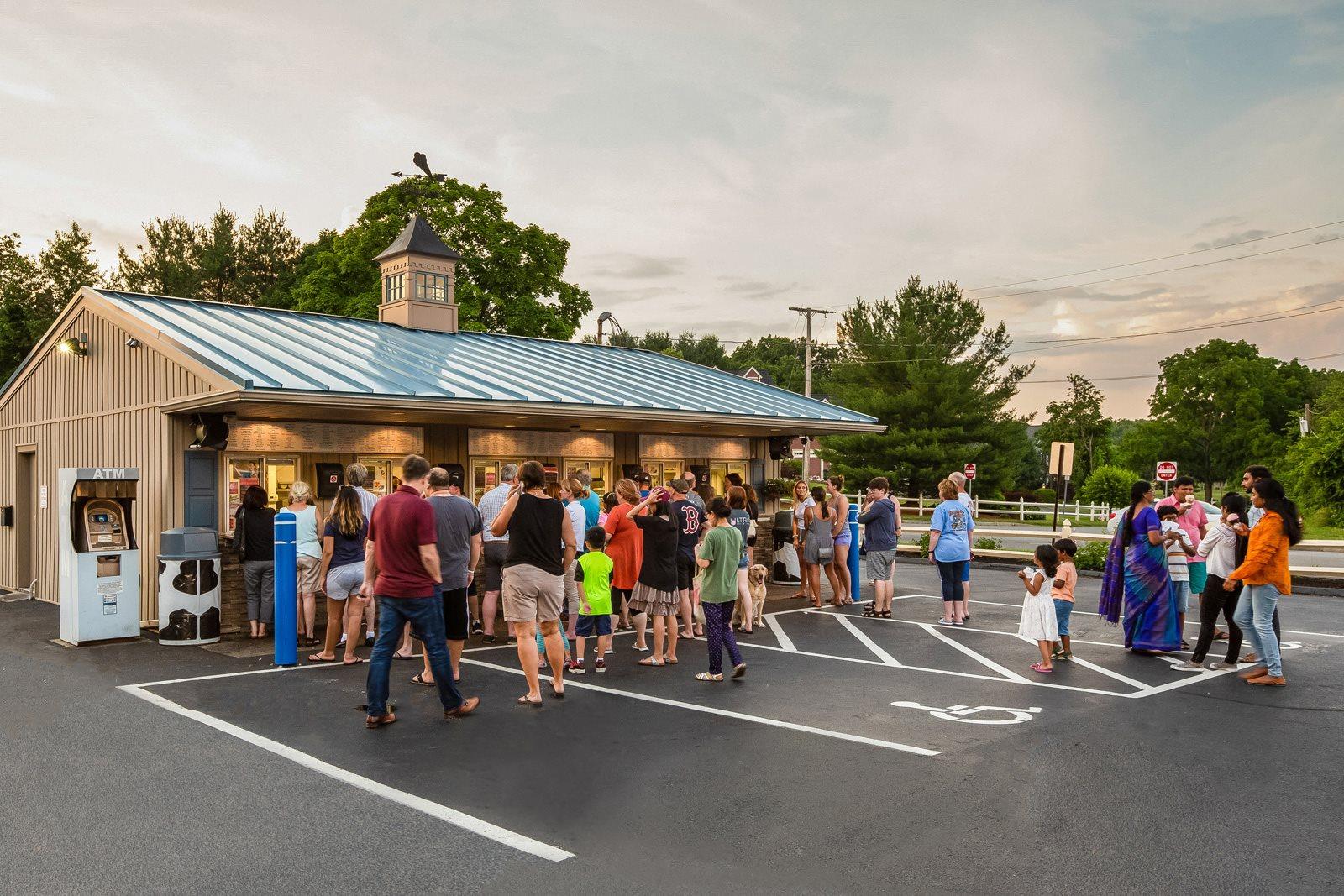 Stop for ice cream near Windsor Ridge at Westborough, Massachusetts, 01581