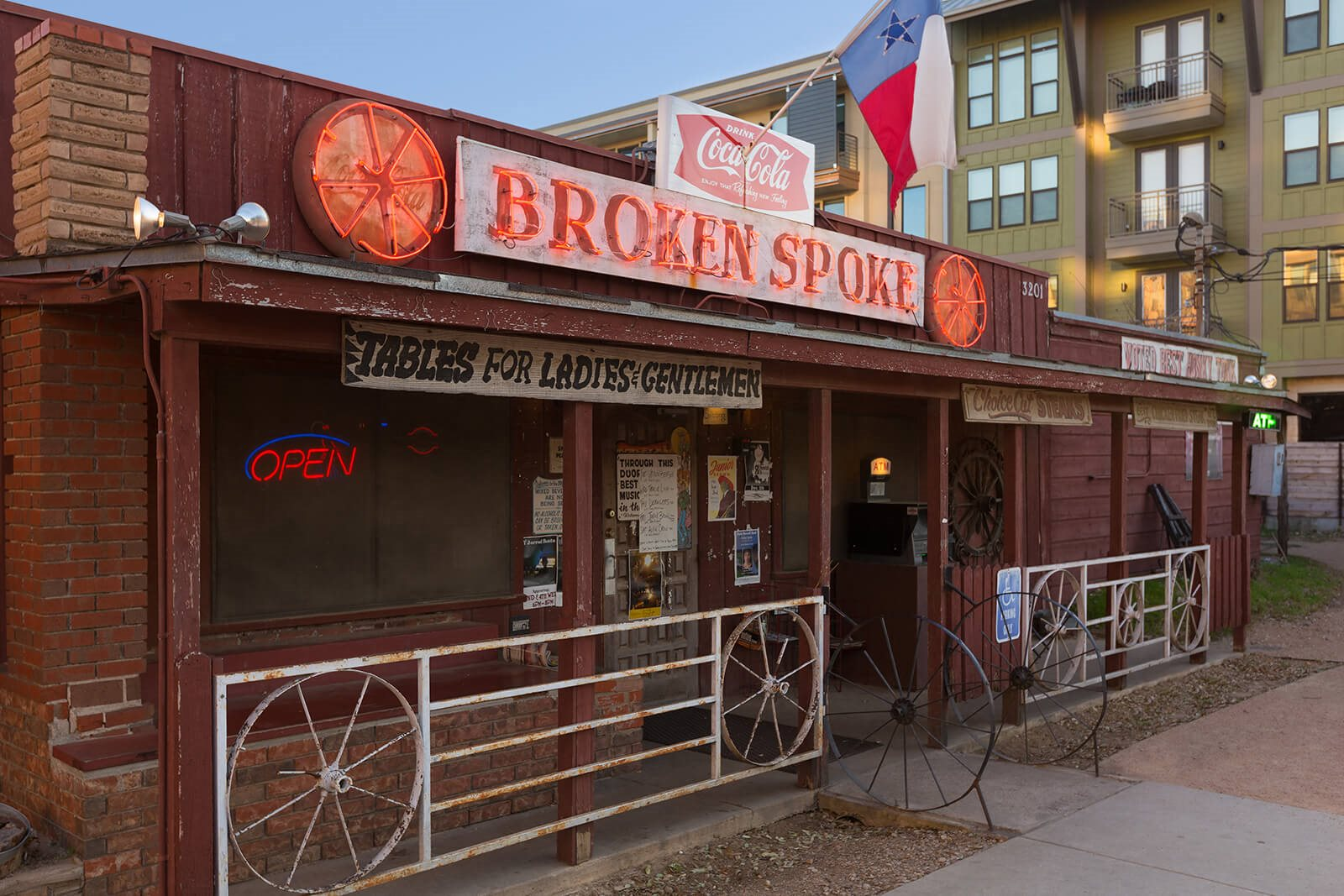 Close to Broken Spoke at Windsor South Lamar, 809 S Lamar Blvd, TX
