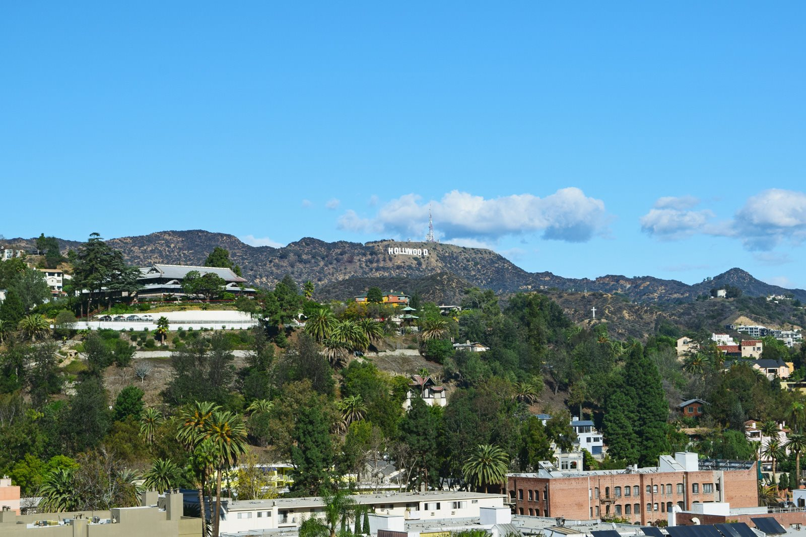 Enjoy Hollywood at Olympic by Windsor, 936 S. Olive St, Los Angeles