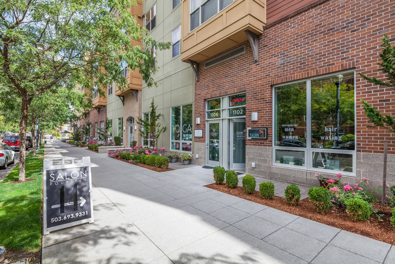 On-Site Retail Businesses at Platform 14, Hillsboro, OR