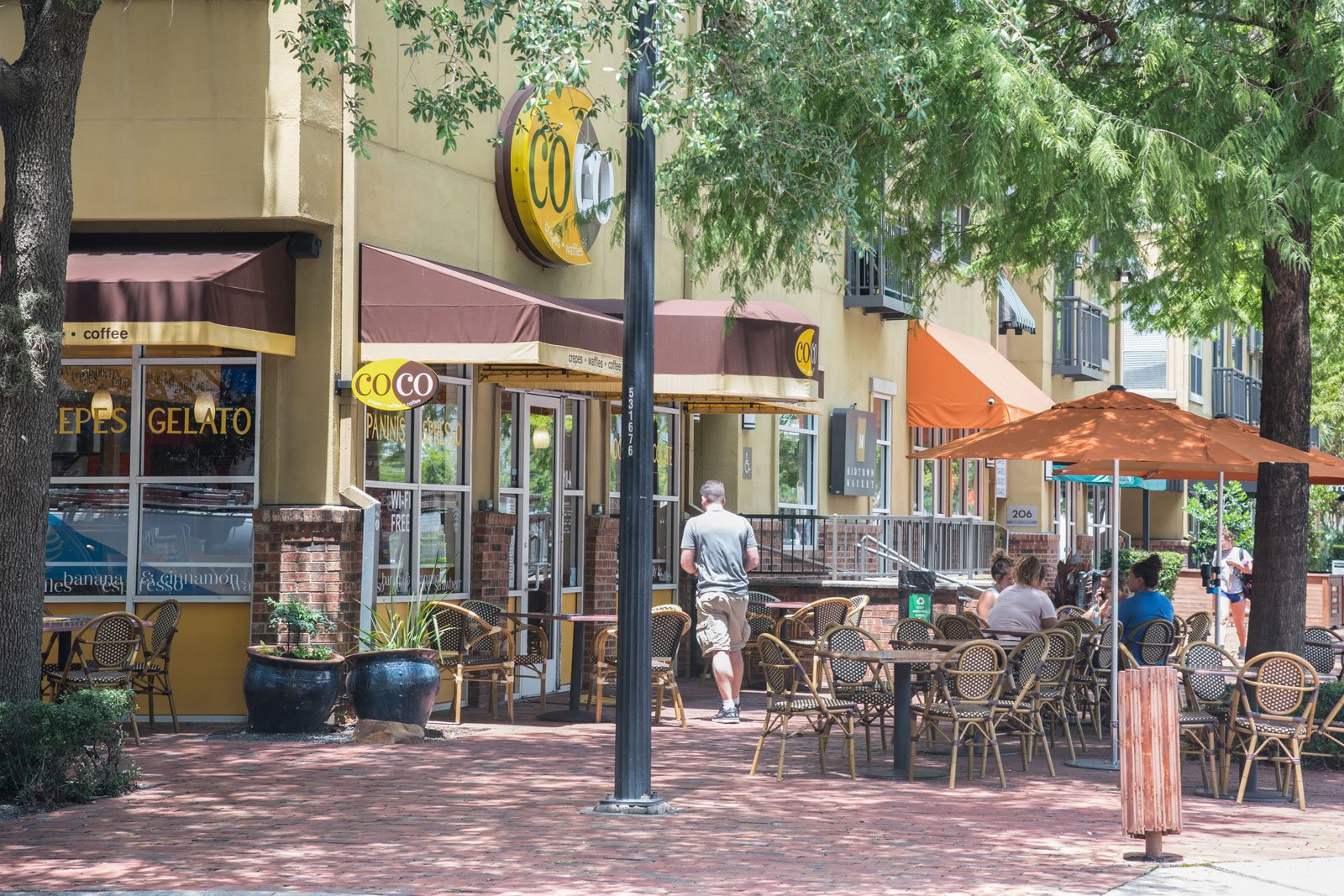 Numerous Dining Options Nearby at Midtown Houston by Windsor, Houston, 77002