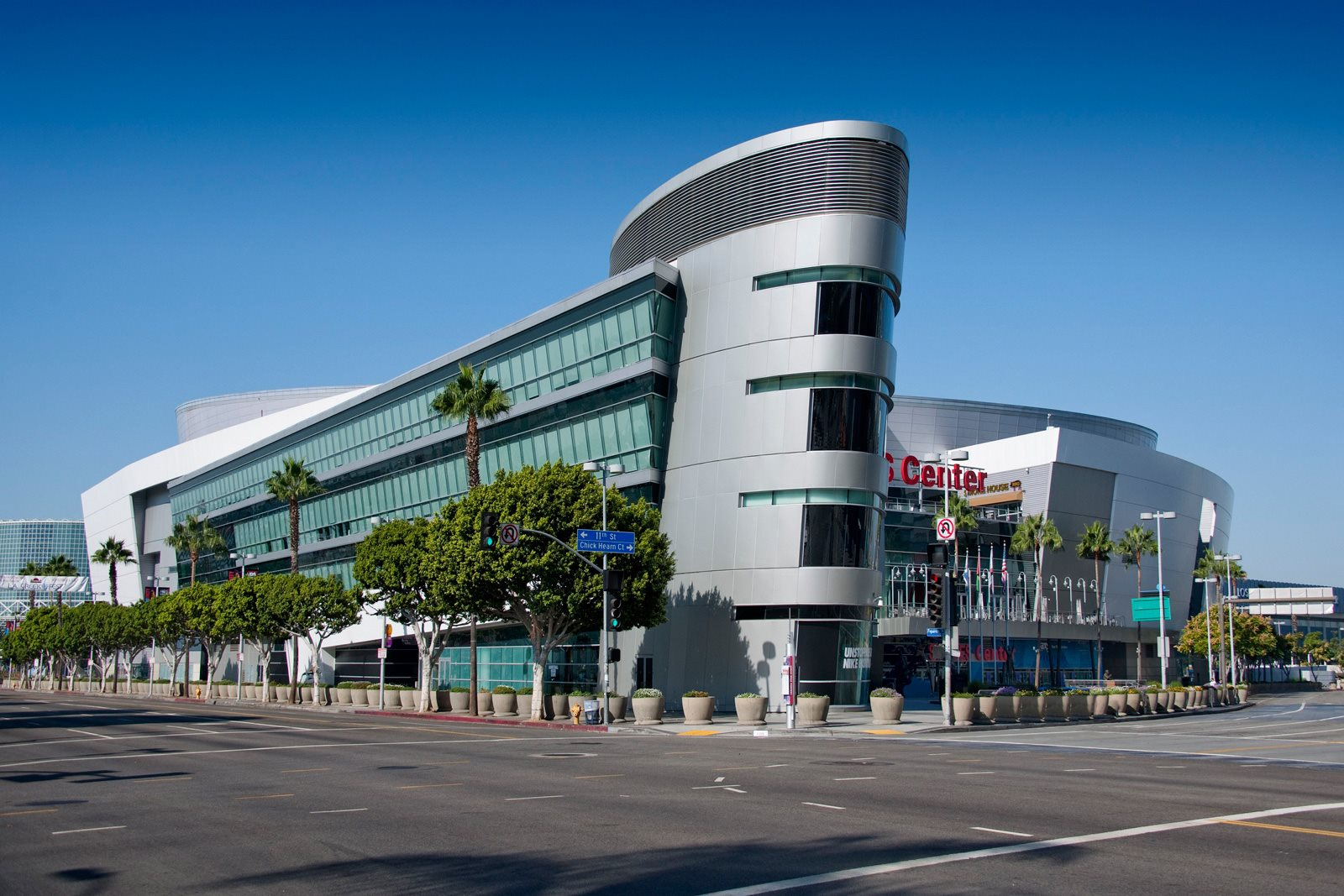 Walking Distance to Staples Center at Olympic by Windsor, California, 90015