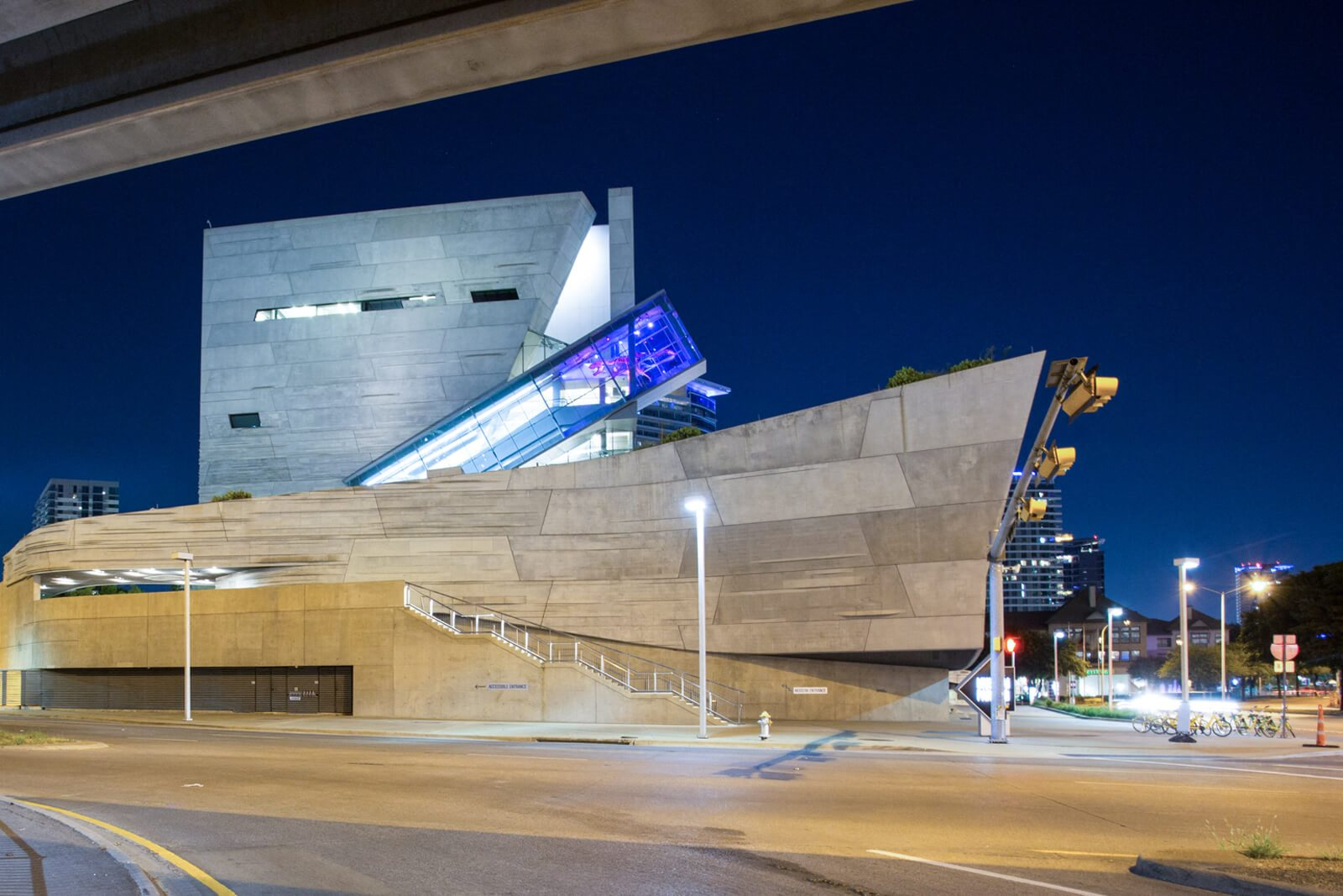 Close To Perot Museum at The Jordan by Windsor, 2355 Thomas Ave, Dallas