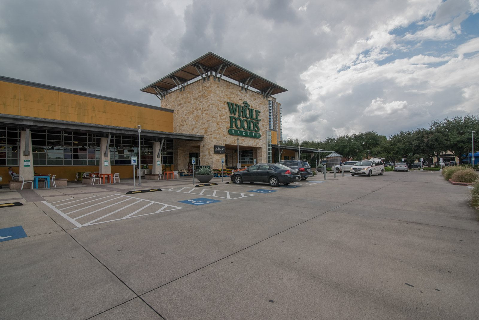 Easy Access To Nearby Whole Foods at Allen House Apartments, Houston, 77019