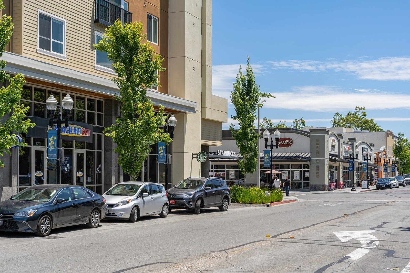 Close to Shopping Dining and Entertainment at Mission Pointe by Windsor, 1063 Morse Avenue, Sunnyvale