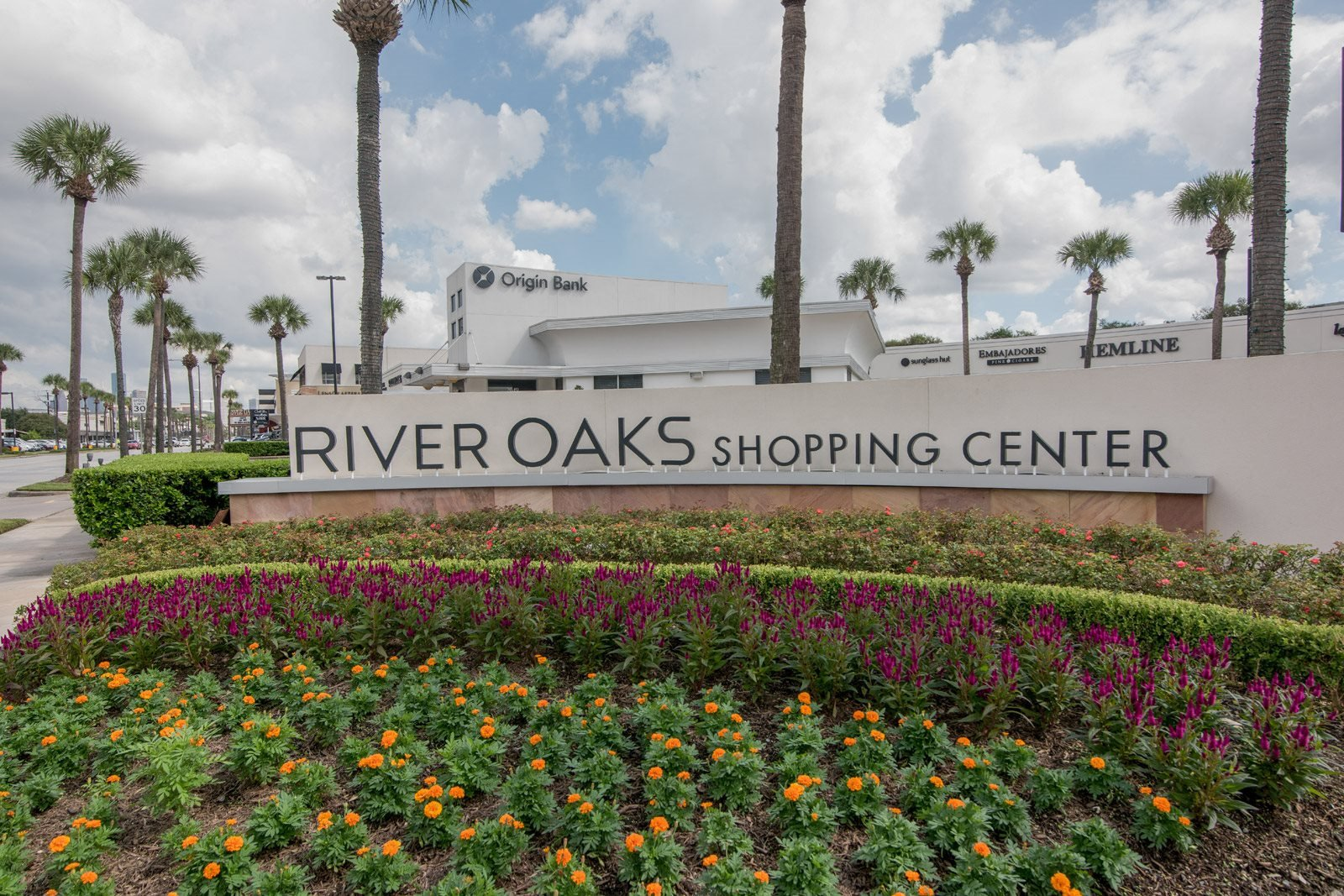 Endless Options for Shopping Exploring and Entertainment at River Oaks Shopping Center near Allen House Apartments, Texas, 77019