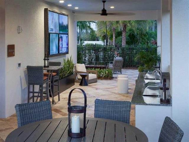 Outdoor Grilling Area and Lounge at Windsor at Delray Beach, Delray Beach, 33483