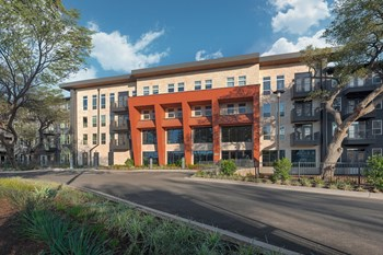 8103 S. Congress Avenue Studio Apartment for Rent Photo Gallery 1