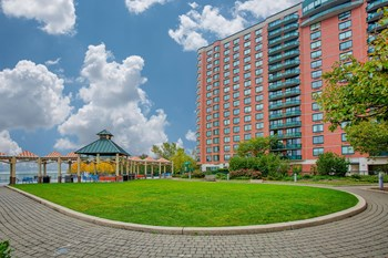 100 Tower Dr. Studio-3 Beds Apartment for Rent Photo Gallery 1