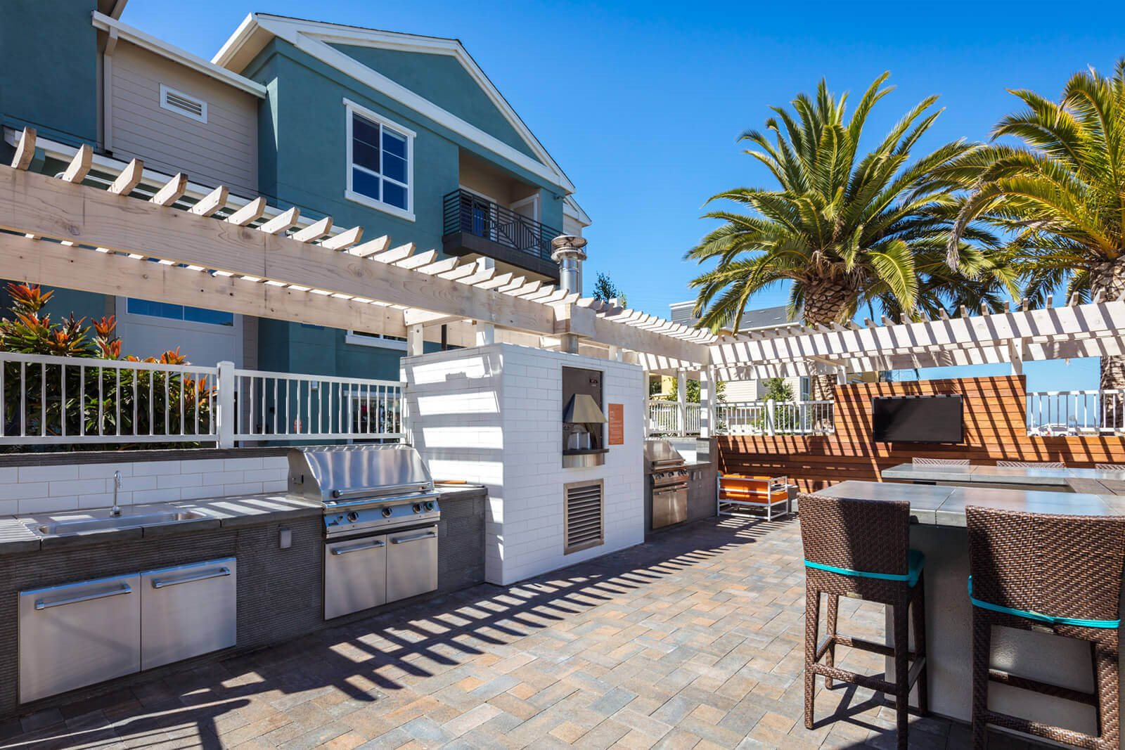 Outdoor Grilling Station at Blu Harbor by Windsor, CA, 94063