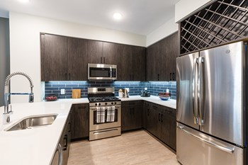 100 Hoboken Ave Studio-2 Beds Apartment for Rent Photo Gallery 1