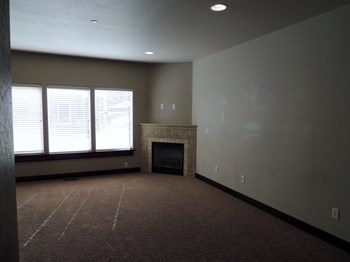 55 W. Hershey St. 2 Beds Condo for Rent Photo Gallery 1
