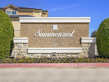 1320 NW Summercrest Boulevard 2 Beds Apartment for Rent Photo Gallery 1