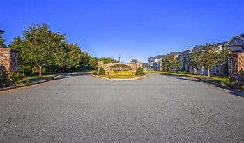 2978 Ethan Pointe Drive 1-3 Beds Apartment for Rent Photo Gallery 1