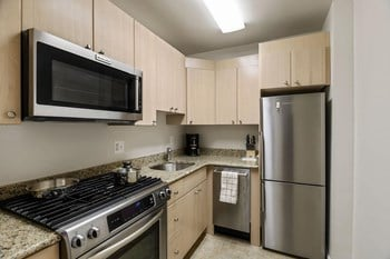2500 Wisconsin Avenue Studio-1 Bed Apartment for Rent Photo Gallery 1