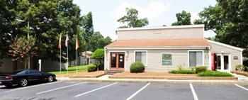2008 S. Mebane St. 3 Beds Apartment for Rent Photo Gallery 1
