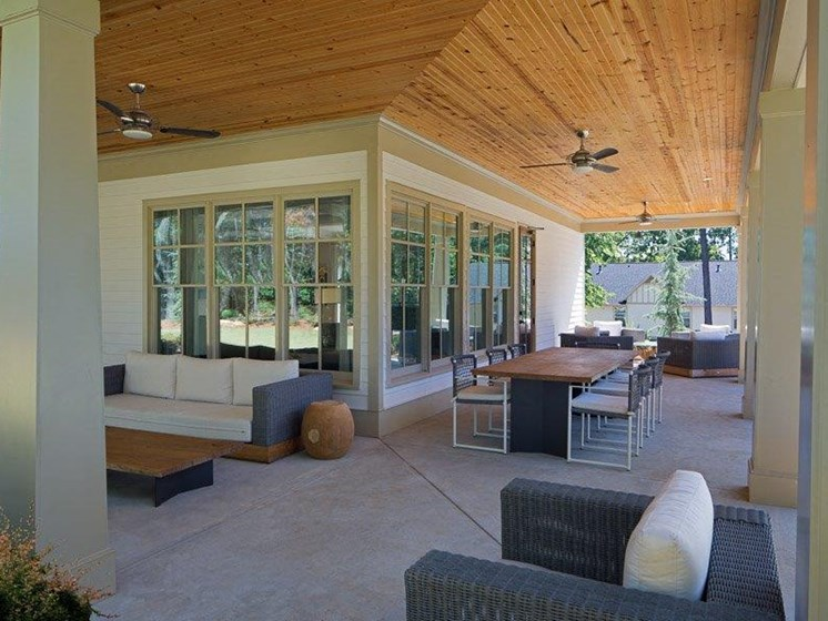 Outdoor Lounge Area at Paces Ridge at Vinings, Atlanta, Georgia