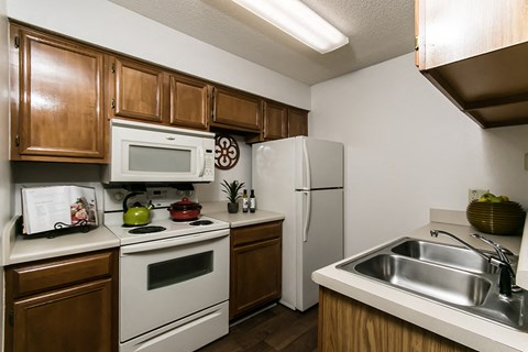 Waterford Apartments model appliances