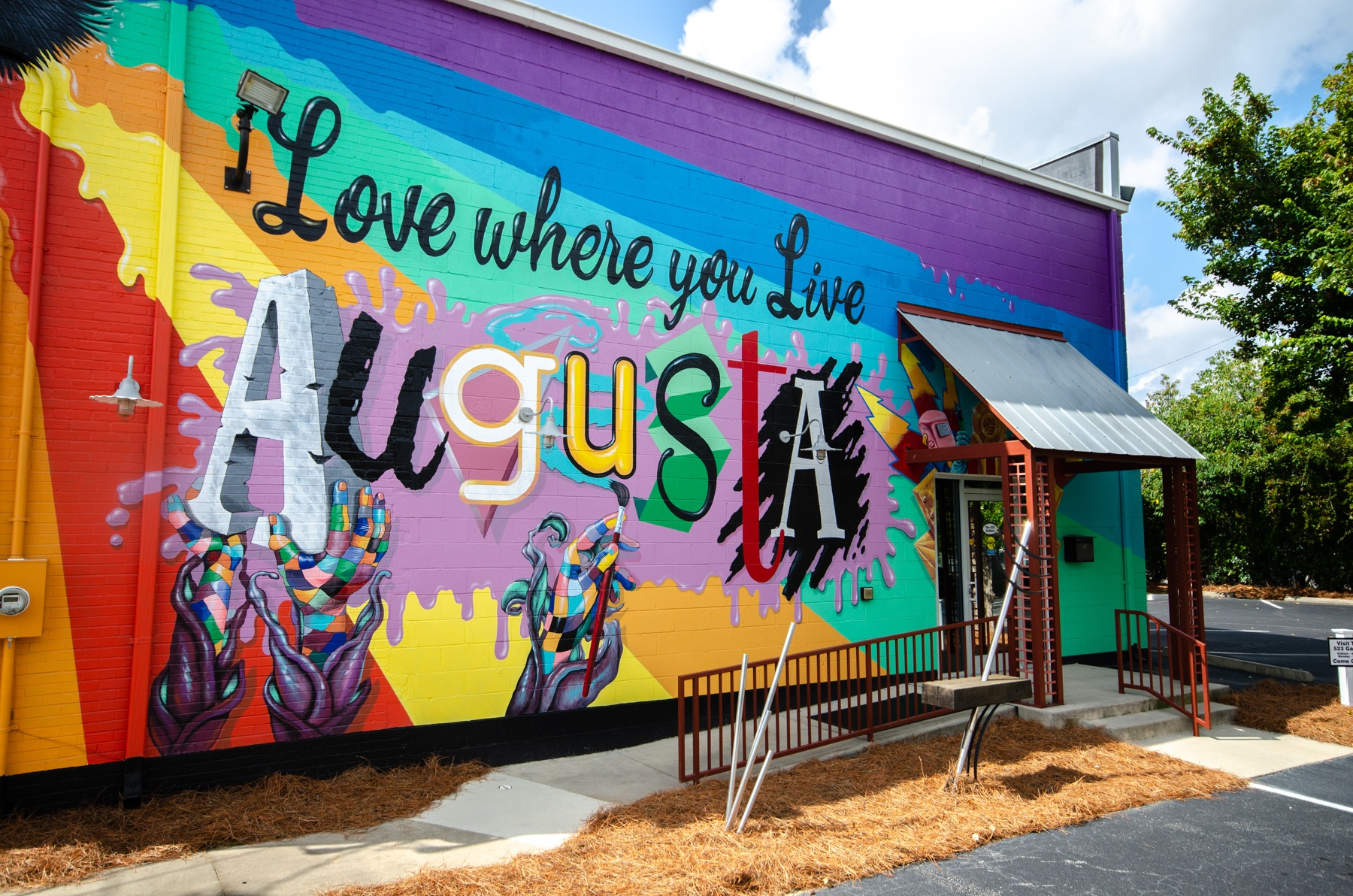 Wall Paintings at The Downtowner, Augusta, GA, 30901