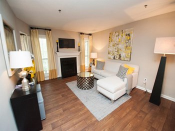 4098 S. Cobb Dr. 1-2 Beds Apartment for Rent Photo Gallery 1