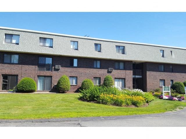 External Apartment View at Coach House, Massachusetts