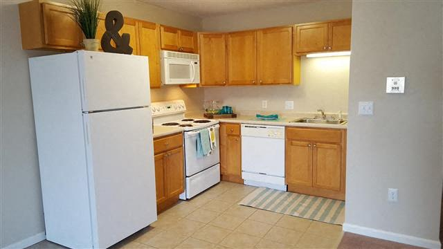 Kitchen Design at Coach House, Chelmsford, MA, 01824