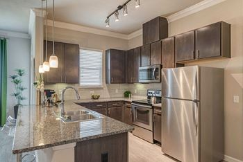 4301 Grand Avenue Parkway 1-4 Beds Apartment for Rent Photo Gallery 1
