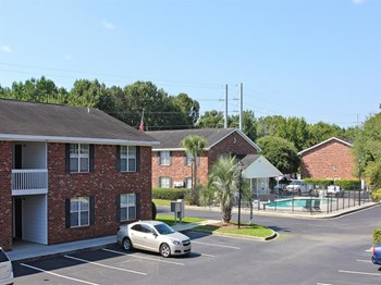 2561 Fassitt Rd 1 Bed Apartment for Rent Photo Gallery 1