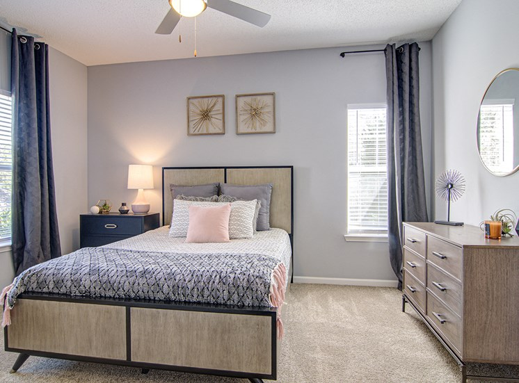Bedroom With Expansive Windows at STONEGATE, Birmingham, AL, 35211