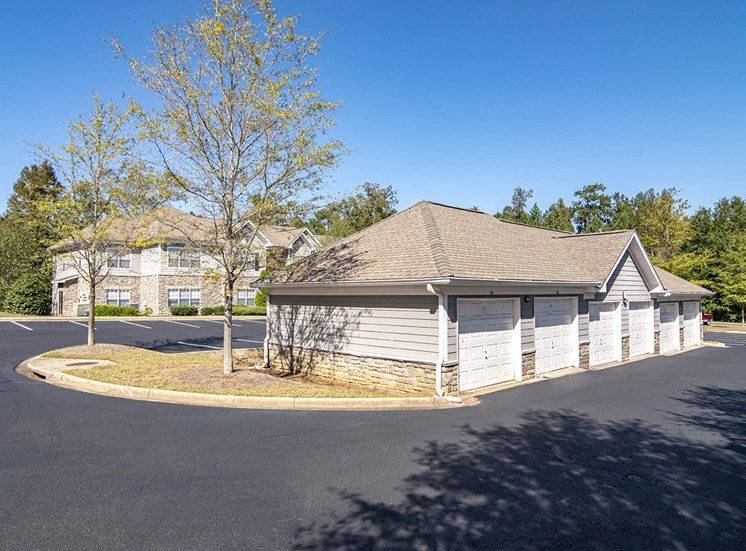 Garages Available at STONEGATE, Birmingham, Alabama