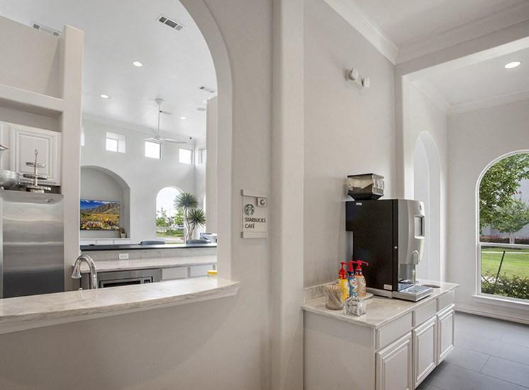 European-Style Kitchen With Breakfast Bar at Century Travesia, Austin, TX, 78728
