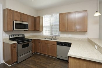 1027 Aubrey Lane 1 Bed Apartment for Rent Photo Gallery 1