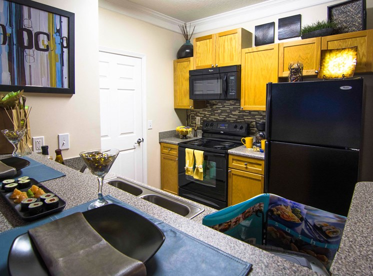 Breakfast Bar at Parkside Vista in Doraville, GA 30340
