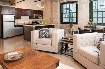2410 University Ave W Studio-2 Beds Apartment for Rent Photo Gallery 1