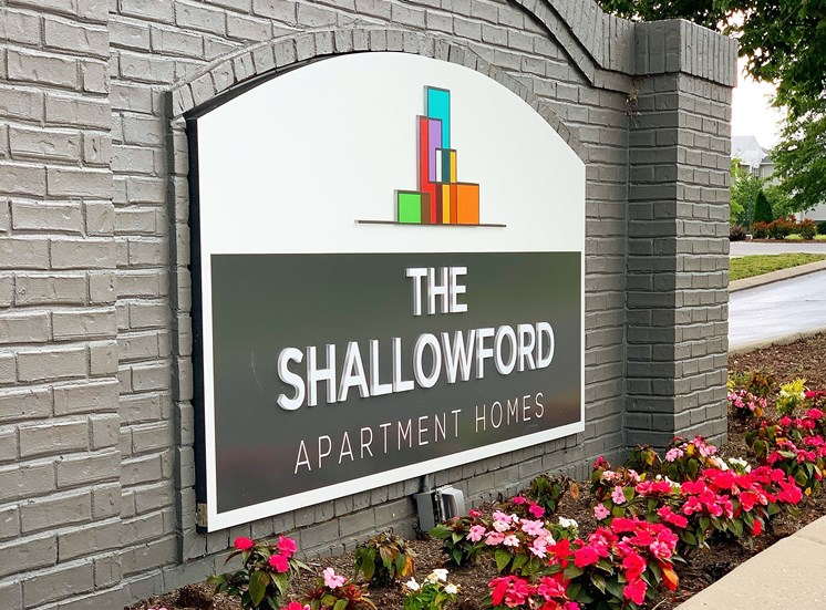 Apply today and move to The Shallowford in Chattanooga, TN