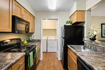 1900 Rosemont Pkwy 1-2 Beds Apartment for Rent Photo Gallery 1