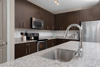1674 Folly Road 2 Beds Apartment for Rent Photo Gallery 1