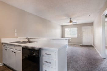 1022 W Buford St Studio-3 Beds Apartment for Rent Photo Gallery 1
