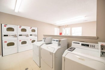 11609 Windy Creek Dr 1 Bed Apartment for Rent Photo Gallery 1