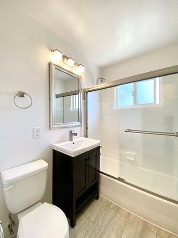 1211 Jefferson Street 1 Bed Apartment for Rent Photo Gallery 1