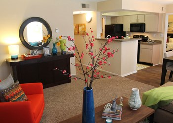 2050 Stony Brook Dr 1-3 Beds Apartment for Rent Photo Gallery 1