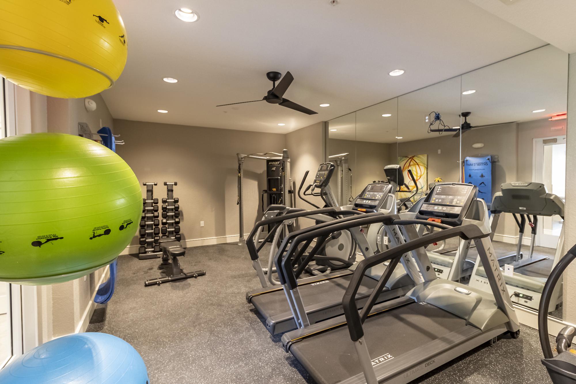 Fitness center,Fitness center