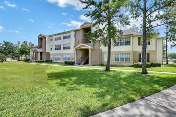 10501 Cross Creek Blvd. 1-4 Beds Apartment for Rent Photo Gallery 1